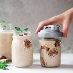 Fall Fig and Cinnamon Smoothie Recipe in a Mason Jar