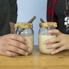 How to Make a Pumpkin Spice White Russian in a Mason Jar